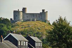 http://guias-viajar.com/inglaterra-escocia-gales/ Castillo Harlech  al norte de Gales