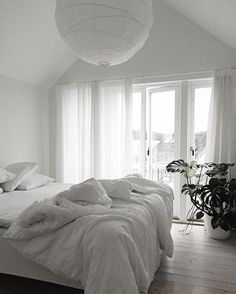Quiet winter morning | fresh air ________ #vittvittvitt #wintermorning #interior #interiordesign #goodmorning