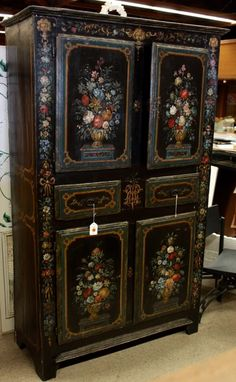 1810 French Painted Armoir