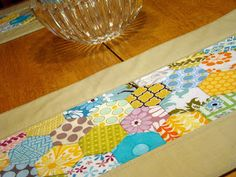 SewCraftyJess: Placemat or Table runner Tutorial, featuring the Accuquilt Baby GO! and machine pieced hexagons.