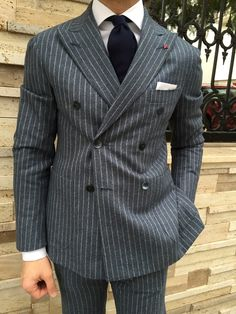 British Style Mens Tailored Suits, Mens Suits, Style Costume Homme, Suit Combinations, Mode Costume, Mens Fashion Suits, Suit And Tie, Well Dressed Men, Gentleman Style
