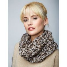 Free Easy Women's Cowl Knit Pattern /#6 weight yarn, knit in round, k & k1b (below)