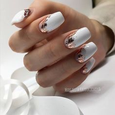 In seek out some nail designs and ideas for your nails? Here is our listing of must-try coffin acrylic nails for cool women. Classy Nails, Stylish Nails, Sophisticated Nails, Hot Nail Designs, Simple Nail Designs, Best Acrylic Nails, Pretty Nail Art, Cool Nail Art, Manicure E Pedicure