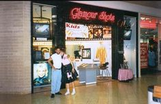 I wanted glamour shots so bad! Mall Stores, Retail Stores, Dead Malls, Valley Girls, Glamour Shots, 80s Kids, Teenage Years, The Good Old Days, Back In The Day