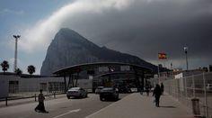 GIBRALTAR    Bruselas y Holanda piden a Reino Unido que rebaje el tono sobre Gibraltar    La Comisión Europea ha pedido al Gobierno de May...