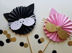 Kitty Cat Birthday Centerpiece Modern Rosette on a Stick Birthday Centerpieces, Diy Birthday Decorations, Birthday Party Themes, Kitten Party, Cat Party, Cat Crafts, Crafts For Kids, Paper Crafts, Cat Themed Parties