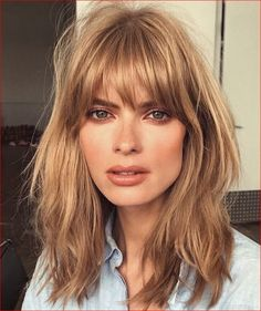 Brunette Balayage for Thick Hair - 50 Cute Long Layered Haircuts with Bangs 2019 - The Trending Hairstyle Fringe Hairstyles, Easy Hairstyles, Hairstyles 2018, Beautiful Hairstyles, Medium Hairstyles, Wedding Hairstyles, Hair Color Cream, Hot Hair Colors, Haircuts With Bangs