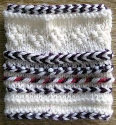 Various knitted braids, mostly Estonian and 1 Latvian: Knitting and More: August 2010