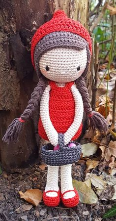38 Pretty Animal Crochet Amigurumi for This Year 2019 - Page 5 of 38 - cosmetics Knitting Dolls Free Patterns, Knitted Dolls Free, Crochet Doll Clothes, Easy Crochet Patterns, Crochet Patterns Amigurumi, Amigurumi Doll, Crochet Dolls, Christmas Elf Doll, Christmas Suit