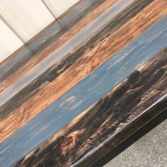 Hardwood Floors, Flooring, Rustic Design, Butcher Block Cutting Board, American, Crafts, Wood Floor Tiles, Manualidades, Hardwood Floor