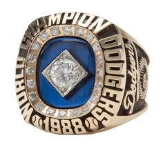 Dodgers Blue Heaven: SCP Auctions: Dick Dempsey's 1988 World Series Championship ring Dodgers Gear, Dodgers Nation, Dodgers Baseball, 1988 World Series, World Series Rings, Super Bowl Rings, Ring Of Honor, La Rams, Dodger Blue