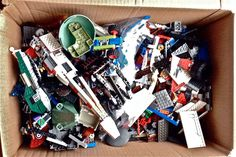 Legos 8 lbs parts up to 1000 pieces spaceship starwars some partial assembly #LEGO