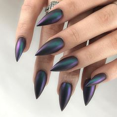 35 Pointy Stiletto Nails It's time to transform your dull and plain nails with these 35 stylish pointy stiletto nails designs. Truly, you can attract the crowd with just your nails! Glitter Gel Nails, Fun Nails, Stelleto Nails, Sparkle Nails, Glitter Hair, Coffin Nails, Goth Nails, Goth Nail Art, Plain Nails