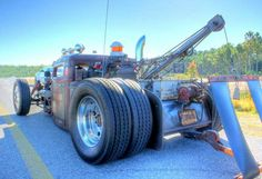 Each technician at Timeless Towing is highly trained, has logged hours upon time of on-the-job experience, and is also extremely courteous. Not only do our operators have the knowledge and skills, but also the desire to do the job right. Every driver prides themselves on offering quick, professional, and friendly assistance and guarantees that your employment will be completed safely, on-time, and at a good price. http://naperville.napervilleclassictowing.com/