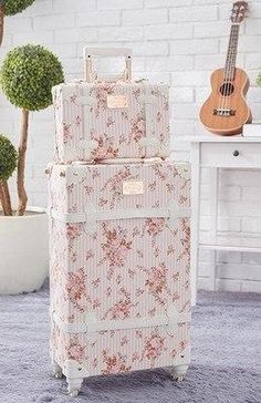 Vintage Look Spinner Luggage Carry On Travel Bag Set Models) - Ⓐⓒ . Vintage Look Spinner Luggage Carry On Travel Bag Set Models) - Ⓐⓒ . Vintage Look Spinner Luggage Carry On Trave. Pink Luggage, Cute Luggage, Vintage Luggage, Travel Luggage, Vintage Travel, Luggage Sizes, Bag Essentials, Cute Suitcases, Vintage Suitcases