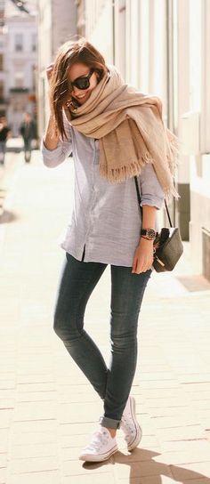 street style / gray shirt + beige scarf