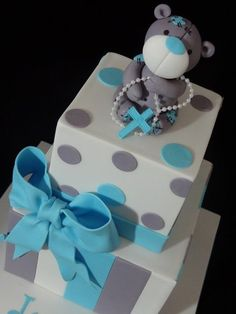 Tatty Teddy Christening Cake I like the boxes with stripes and dots. Could easily be baby shower cake Fondant Cakes, Cupcake Cakes, Cupcakes, Beautiful Cakes, Amazing Cakes, Teddy Bear Cakes, Fancy Cakes, Cake Creations, Celebration Cakes