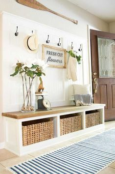 65 Stunning Rustic Farmhouse Entryway Decor and Design Ideas Home Design, Design Studio, Key Design, Design Ideas, Design Styles, Diy Home Decor, Room Decor, Decoration Crafts, Decorations