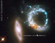 Par de galaxias que se relacionan gravitacionalmente llamadas: Arp 147 - Foto/imagen: HubbleSite.org