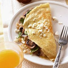 Spinach-and-Feta Omelet This Mediterranean-style omelet is ideal for a leisurely weekend breakfast. And it's low in cholesterol because it's made with refrigerated egg product.