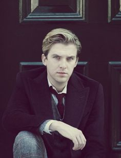 Dan Stevens aka Matthew Crawley from Downton Abbey - will always and forever be my favorite character on the show! i'll miss you soo much matthew! Downton Abbey, Dan Stevens Downton, Dan Stevens Hot, Matthew Crawley, Raining Men, Pretty People, Beautiful Men, Beautiful People, Character Inspiration