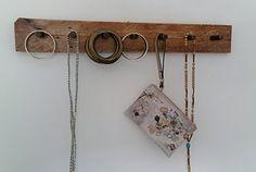 Jewelry organizer, Jewelry hange, Hanger for necklaces, Hanger, Wooden hanger, Two color hanger, Hangs necklaces,Jewelry in order,Home decor de tossart en Etsy