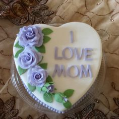 Mothers day cake with fondant purple roses