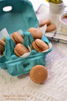 Through The Kitchen Door: Chocolate Macaron With Salted Caramel
