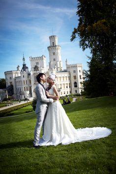 Hluboka Castle wedding photoshoot Czech Republic