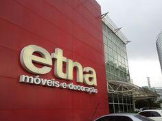 Fundada em 2004, a home store tem sede em São Paulo e, atualmente, soma 18 lojas no país, das quais três são na Grande São Paulo – Berrini, Marginal Tietê e Granja Viana. A Etna conta ainda com uma loja virtual, que atende todo o território nacional, com mais de 10 mil itens de seu vasto portfólio de produtos.