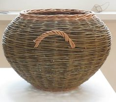 Selections from the Exhibition Scottish Basketmakers' Circle The Barony Center West Kilbride April 12 - May 10, 2015 Exhibitio...