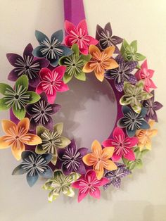 Märchen Origami Papier Blumen Kranz / Hochzeit von kreationsbykia                                                                                                                                                      Mehr
