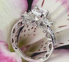 Veraggio - Insignia Engagement Ring