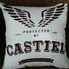 Almofada Supernatural Castiel