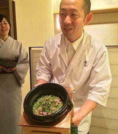 The ever-hospitable Koizumi-san presenting Takikomi Gohan Rice with wagyu beef & Spring vegetables Kyo-Yasai - rice always a strong-point here as with Ishikawa ; never had a bad one @ Kohaku Tokyo - Tokyo's latest 3 michelin star restaurant #tbt (April'15)  #throwback #sfreelife_kohaku #sfreelife_tokyo #sfreelife_3stars #sfreelife_kaiseki #kohaku #3michelinstars #kaiseki #sfreelife_fav by litsfree