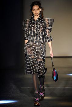 Vivienne Westwood | Fall 2012 Ready-to-Wear Collection | Vogue Runway