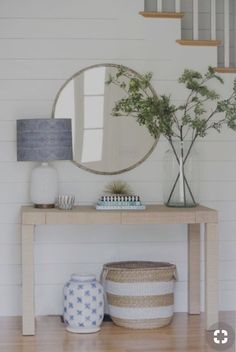 Check this, you can find inspiring Photos Best Entry table ideas. of entry table Decor and Mirror ideas as for Modern, Small, Round, Wedding and Christmas. Cheap Home Decor, Diy Home Decor, Spring Home Decor, Decor Crafts, Coastal Entryway, Coastal Cottage, Coastal Decor, Entryway Ideas, Modern Entryway