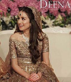What a stunning #DeenaRahman bride!! #AlizeHabibs on her wedding ✨ #style #fashion #stylegoals #styleinspo #bridal #brides #bridalinspo #weddings #weddinginspo #goldrush #jewelry #howperfect #stylewelove #StylePhilepk