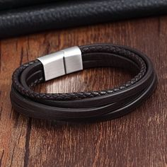Braided Bracelets, Bracelets For Men, Bangle Bracelets, Bracelet Men, Leather Bracelets, Diamond Bracelets, Leather Cuffs, Bangles, Mens Bracelet Fashion