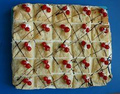 Recept od sousedů: Slovenským kremeším propadne celá rodina! – Hobbymanie.tv Cherry, Fruit, Food, Essen, Meals, Prunus, Yemek, Eten