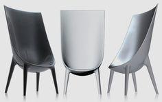 Driade szék 'Out-In' Philippe Starck-tól - Lakberendezés trendMagazin Philippe Starck, Milan Furniture, Home Furniture, Modern Furniture, Plywood Furniture, Famous Furniture Designers, Smart Home Design, Furniture Inspiration, Chair Design