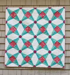 The Fruit Ninja Paper Pieced Star Quilt turns the idea of the four-pointed star on its head! Inspired by the watermelons in the popular Fruit Ninja game, this free paper piecing quilt pattern is a beautiful and fun addition to any room.