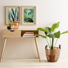 Hallway Table Oak Look – Top Trend – Decor – Life Style Den Furniture, Buy Furniture Online, Furniture Deals, Unique Furniture, Rustic Furniture, Furniture Vintage, Hallway Table Decor, Hallway Decorating, Room Decor