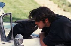 George Clooney and his pet pig. Clooney shared a bond with his beloved potbellied pig that lasted from 1988 until Max's death in perhaps the longest relationship in the bachelor's notorious history of short-term commitments. This Little Piggy, Little Pigs, Crazy Celebrities, Celebs, Hollywood Celebrities, Animal Consciousness, George Clooney Images, George Clarke, Anatole France
