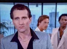 "Daniel Holland🎗 on Twitter: ""Al Bundy as a Miami Vice Coke Dealer (1984)… "" Rue Mcclanahan, Al Bundy, Ving Rhames, Moving To Miami, Steve Buscemi, Hard Working Man, Michael Thomas, One Of The Guys, Miami Vice"