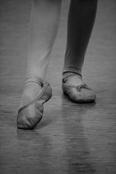 4 Things To Consider If You Want To Dance On Pointe | Ballet for Adults Weak Ankles, Pointe Shoes, Ballet Flat, How To Look Pretty, Lifestyle Blog, Dancer, House