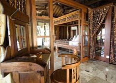 Most Noticeable Joglo Living Space With Ethnic Styles 190 Indonesian House, Indonesian Decor, African House, Timber Architecture, Bali House, Beautiful Space, Traditional House, Interior And Exterior, Interior Design