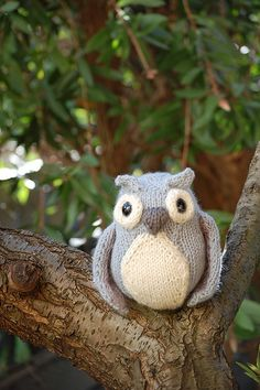 knit {idea} owl...the girls would love!