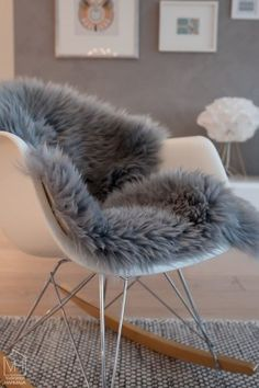 Latest Chairs For Living Room Black Dining Room Chairs, Living Room Chairs, Apartment Goals, Eames Chairs, Decorating Blogs, Rocking Chair, My Dream Home, Design Elements, Living Spaces