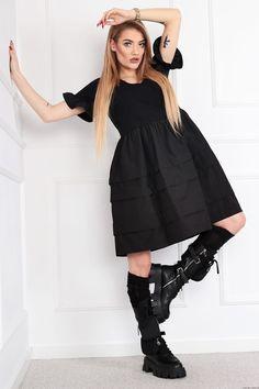 Sukienka BEA z kopertowym dekoltem Retro Style, Retro Fashion, Cold Shoulder Dress, Ballet Skirt, Skirts, Dresses, Tunic, Vestidos, Skirt